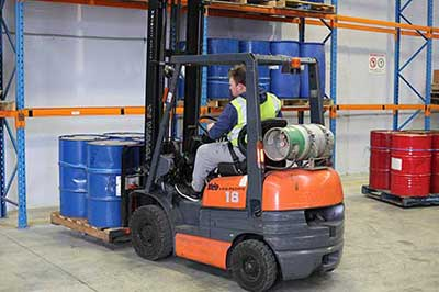 Forklift Training Course Melbourne - Students using forklifts to move pallets - Trainix