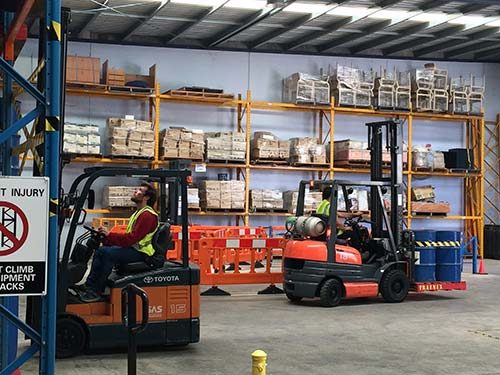 forklift licence course in Meblourne with Trainix