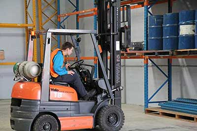 Order Picker Licence Course Melbourne - Trainix