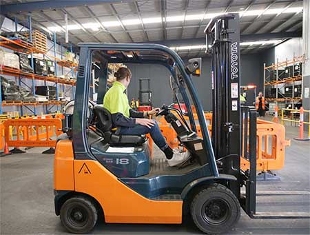 A forklift licence student at Trainix