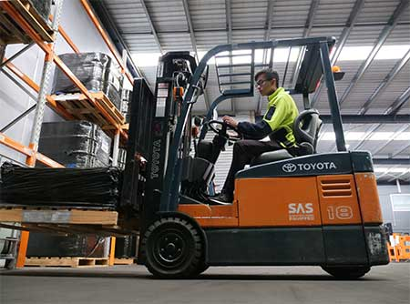 Student forklift training at Trainix in Hoppers Crossing